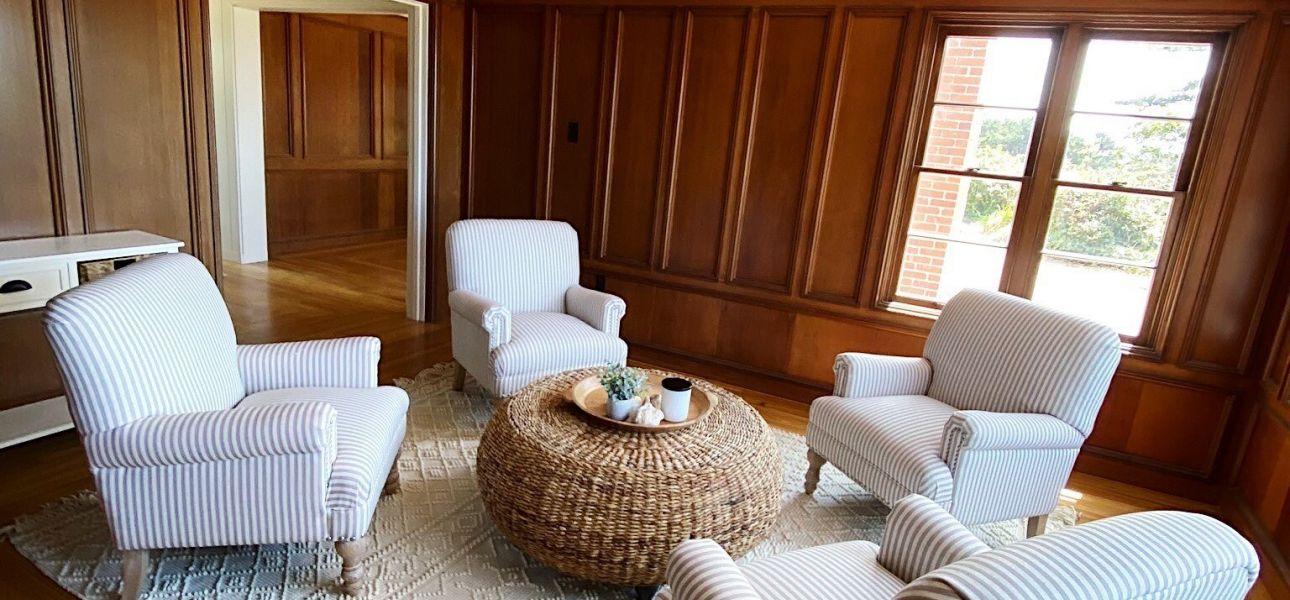 Samoa Vance sitting room